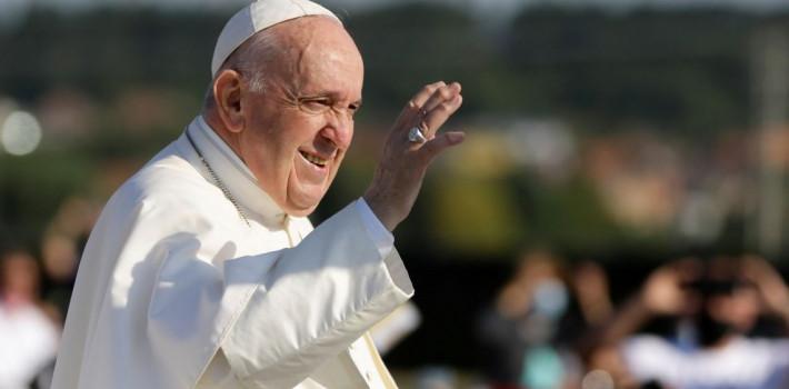 Pape François: tradition et réalisme du pouvoir pontifical