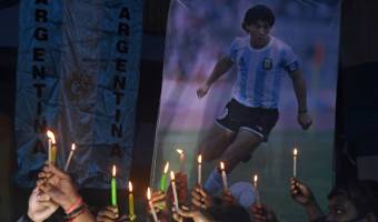 I Voci di a Gravona cantanu Maradona