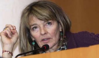 Bianca Fazi, conseillère territoriale en charge de la santé : «Il faudra vacciner l'ensemble de la population mondiale pour gagner cette course contre le virus»