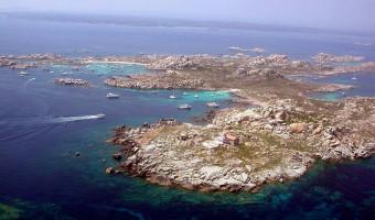 Surfréquentation : les réserves naturelles marines de Corse