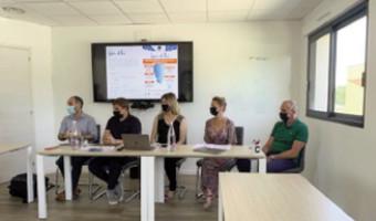<< Aio >>  face a scumessa di l'immersione linguistica