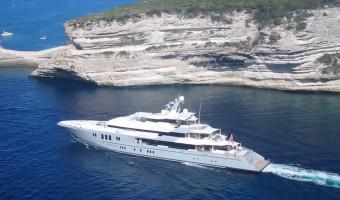 L'attaque vient de la mer : la pression de mouillage des yachts en Corse