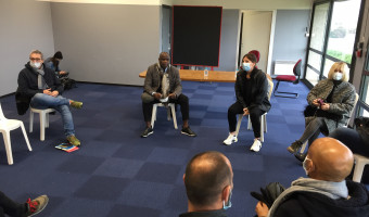 Football : La tournée de Basile Boli en Corse