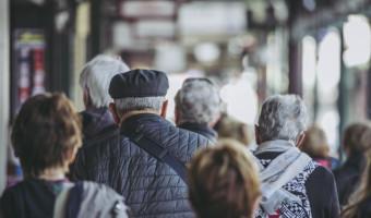Covid-19 : ados, adultes et vieux dans la même galère